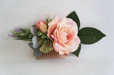 Pretty sweet pink rose with Green hydrangea hair comb - weddings, bridal, bridesmaid Open Rose, Green Hydrangea, Rose Hair, Hair Comb Wedding, Flower Crowns, Floral Hair, Hair Piece, Pretty In Pink, Floral Wreath