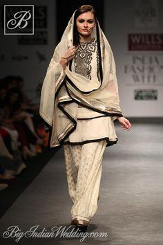 Vineet Bahl Indian ethnic wear