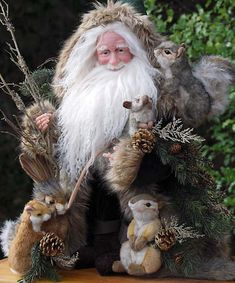 Stone Soup Santas made by Richard and Shelie McCall Woodland Christmas, Rustic Christmas, Christmas Art, Vintage Christmas, Christmas Holidays, Xmas, Primitive Christmas, Primitive Santa, Primitive Crafts