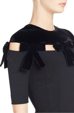 Great detail and love the velvet! Designer Wear, Designer Dresses, Fashion Details, Fashion Design, Stretch Dress, Mode Inspiration, Nordstrom Dresses, Refashion, Blouse Designs
