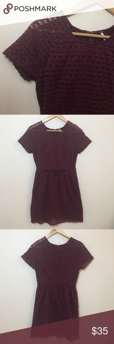 """Free People Deep Purple Lace Short Sleeve Dress EUC Free People Deep purple lace short sleeve dress in size 6.   Shell:  70% cotton 30% Nylon  Lining: 100% cotton  Chest: 32"""" Length: 33"""" Free People Dresses Mini"""