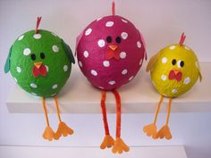 easter crafts for adults Felt Crafts, Diy And Crafts, Arts And Crafts, Paper Crafts, Art Activities For Kids, Art For Kids, Easter Crafts For Adults, Easter Snacks, Diy Ostern