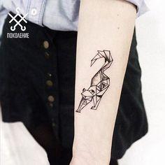 """2017 trend Geometric Tattoo - ПОКОЛЕНИЕ tattoo on Instagram: """"Геометрическая киса  Geometric kitty  Tattoo artist @mrtnv_  #pokolenietattoo #pokolenie #tattoo #cat #moscowtattoo"""""""