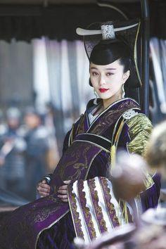 Fan Bing Bing as Princess Zhuang in Sacrifice