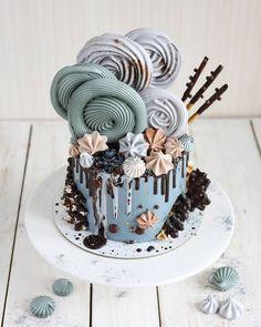 Pretty Cakes, Beautiful Cakes, Amazing Cakes, Candy Cakes, Cupcake Cakes, Chocolate Dipped Fruit, Bolo Cake, Gourmet Cakes, Drip Cakes