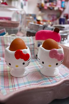 Your ultimate source for Hello Kitty cuteness Hello Kitty Kitchen, Hello Kitty House, Hello Kitty Items, Sanrio Hello Kitty, Egg Coddler, Cute Cottage, Hello Kitty Collection, Sanrio Characters, Egg Cups