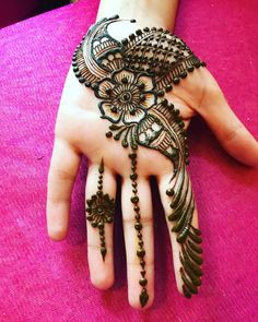 Easy Henna Designs on Hand For Girl with Simple Pattern 01012019 - Mehndi - Stylish Mehndi Designs, Henna Designs Easy, Beautiful Mehndi Design, Arabic Mehndi Designs, Latest Mehndi Designs, Mehndi Images, Bridal Mehndi Designs, Mehndi Designs For Hands, Henna Tattoo Designs