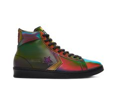 Multicolor faux leather brings bold style to the street-ready Pro Leather. Designed for All Stars who come ready to play. COURTSIDE COLOR. Originally released in '76 and worn by NBA heavy-hitter Dr. J, the Pro Leather has a rich history in the game. This Bold Fashion, Converse All Star, Top Shoes, High Tops, Unisex, Sneakers, Leather, Basket, Stuff To Buy