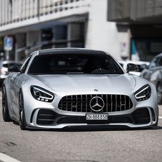 Mercedes AMG GTR💨What are your thoughts? Maserati, Bugatti, Lamborghini, Audi, Bmw, Mercedes S 500, Mercedes Benz Cars, Porsche Club, Porsche 911