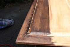 How to stain your kitchen cabinets for a complete new look!