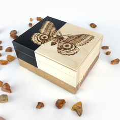 Lambs, Pyrography, Gold Leaf, Wooden Boxes, Wedding Favors, Moth, Decorative Boxes, Unique Jewelry, Illustration