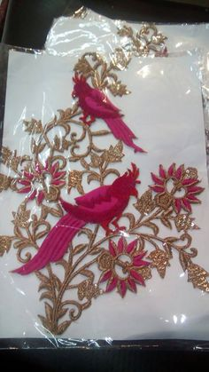 voooww.beautiful embroidery pink flowers and parrots...