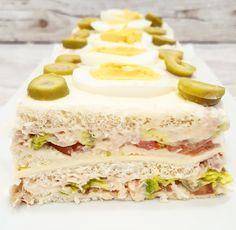 Tortas Sandwich, Jam And Jelly, Chicken Salad Recipes, Canapes, Chutney, Finger Foods, Vanilla Cake, Tapas, Sandwiches