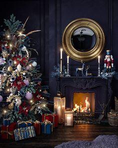 Christmas Tale, Dark Christmas, Christmas Design, All Things Christmas, Christmas Holidays, Simple Christmas, Christmas Ideas, Design Visual, Christmas Interiors