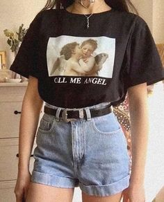 CALL ME ANGEL OVERSIZED TEE 👼🏼 🖤👼🏼🖤 - vintage summer outfits outfits vintage shorts vintage dress vintage fashion vintage outfits summer beach dress summer beach wear summer dress flowers - Vintage Outfits -Summer Vintage Dresses 2019 Retro Outfits, Mode Outfits, Trendy Outfits, Girl Outfits, Fashion Outfits, Cute Vintage Outfits, Hipster Outfits, Spring Outfits, Holiday Outfits