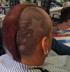 Hair Tattoos mit Beckham Irokese in rot