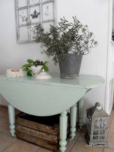 meuble peint - table - painted furniture