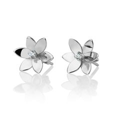 Six pedal earrings from the beautiful collection of Forget Me Not.