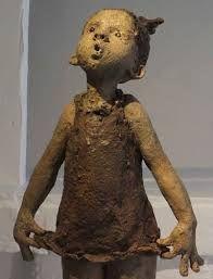 """Résultat de recherche d'images pour """"jurga sculpteur"""" Sculptures Céramiques, Sculpture Clay, Ceramic Pottery, Ceramic Art, Illustration Noel, Terracota, Ceramic Figures, Beautiful Figure, Paperclay"""
