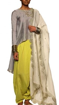 Chaand Patiala Suit   Strandofsilk.com - Indian Designers