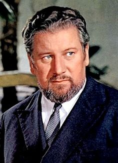 Peter Ustinov born 16 Apr 1921 # London of Russian Polish Ethiopian descent / Died 28 Mar 2004 / Got Best supporting Actor oscar for Spartacus ( 61 ) Topkapi ( 64 ) Nominated for Quo Vadis ( 51 ) He won Golden Globe Bafta even Grammy awards Peter Ustinov, Actor Secundario, Best Actor, Classic Hollywood, Old Hollywood, Death On The Nile, I See Stars, Best Supporting Actor, Classic Movie Stars
