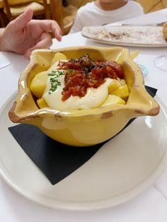 La Bonaigua - Le Cool Barcelona Huevos Fritos, Barcelona, Pudding, Eggs, Cool Stuff, Breakfast, Videos, Desserts, Food