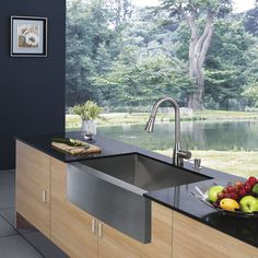 VIGO 36-in x 22.25-in Stainless Steel Single-Basin Apron Front/Farmhouse Commercial Kitchen Sink $336