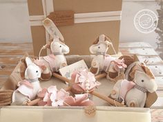 Lovable horses are showing off in a Horse Baby Mobile Hanging handcrafted in soft shades from the best Italian fabrics. It is perfect for entertain, distract and calm your child as well as personalize your baby nursery decor. Give sweet little friends to your Little One! ★ FREE 2-DAY