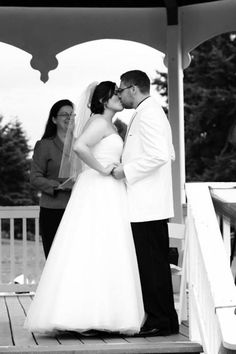 What a wonderful day for a Wedding: Sept 2013 @ Ashley and Tony Parker tied the knot at the historic Fort Vancouver National Historic Site Gazebo in Vancouver, WA! Wedding Photos, Wedding Day, Tie The Knots, Historical Sites, Vancouver, Gazebo, Wedding Dresses, Fashion, Marriage Pictures