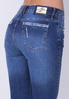 Calça Skinny | Lança Perfume Curvy Jeans, Armani Jeans Men, Estilo Jeans, Gucci Outfits, Denim Jeans Men, Girls Jeans, Denim Fashion, Skinny, Ideias Fashion
