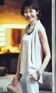 賀来千香子 Normcore, Celebs, Asian Models, Dresses, Woman, Style, Fashion, Celebrities, Vestidos