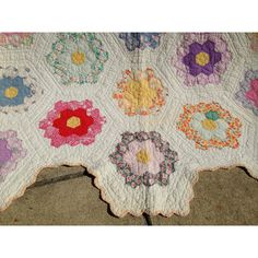 Quilt, BED, Handmade, Grandmother's Flower Garden, 1930s? 1940s... ($149) ❤ liked on Polyvore featuring home, bed & bath, bedding, flower stem, lightweight bedding, queen bedding, colorful bedding and multi colored bedding