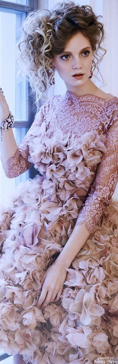 Kate'S Bridal Poppy Pea ♛ ♛ ✨VIP RSVP ✨NYE Bash!! & confetti & cocktails & couture & champagne soirée!! music & cocktails & couture & socialite status. ✨ {What to wear? Who will be there?}