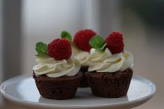 Welcome to Delicious, LLC. I invite you to take some time to explore all of the DELICIOUS food that I have to offer. Yummy Food, Desserts, Recipes, Tailgate Desserts, Deserts, Delicious Food, Postres, Dessert