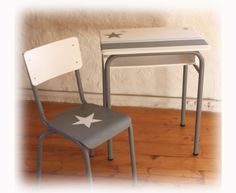 Bureau et chaise d'écolier Vintage Relooké Gris Blanc Bleu : Ecole et loisirs par lesideal