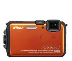 Nikon AW100,  à prova d'água,  choques e congelamento, lente de cristal NIKKOR ED com zoom de 5x, sensor CMOS 16.0 MP e vídeos em Full HD (1080p), ainda GPS e Bússola