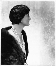 Coco Chanel, 1930.  Photo: Baron Adolph de Meyer.
