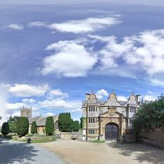 Owned By Tewkesbury Abbey For 800 Years Then 500 The Tracy Family And Their Descedtents Stanway House Wedding Venue In Gloucestershire