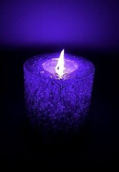 Candle Art, Candle Magic, Candle Lanterns, Homemade Candles, Scented Candles, Purple Lilac, Shades Of Purple, Purple Candles, Beautiful Candles