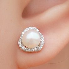 Like and Share if you want this  Fashion jewelrey accessories elegant wedding 18k Pt plated CZ diamonds rhinestone imitated pearl earrings for women lovers gift     Tag a friend who would love this!     FREE Shipping Worldwide     Buy one here---> http://oneclickmarket.co.uk/products/fashion-jewelrey-accessories-elegant-wedding-18k-pt-plated-cz-diamonds-rhinestone-imitated-pearl-earrings-for-women-lovers-gift/