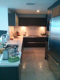 #Modernkitchen #kitchenremodelingideas # Ultracraftcabinets # meileappliances # Kitchenrenovation # Kitchenremodelingideas #transitionalKitchenremodel