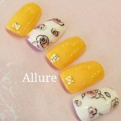 黄色と花柄