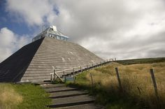 The Céide Fields Visitors Centre in North Mayo will certainly give you a unique experience. It is a multi-award winning centre where you can find out the fascinating story of an ever-changing landscape and its population.