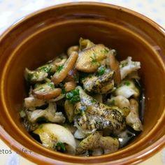 つぶ貝ときのこのガーリックオイル焼き   レシピブログ