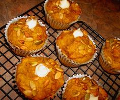 Tim Horton's Pumpkin Spice Muffin Copycat Recipe good! didn't really remind me of tim horton's tho, but still tasty. back less next time, they got a little dry Pumpkin Muffin Recipes, Pumpkin Spice Muffins, Pumpkin Foods, Pumpkin Crunch, Tim Hortons, Cupcakes, Cupcake Cakes, Baking Recipes, Dessert Recipes