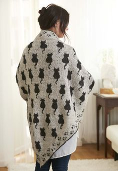 Ravelry: Cat shawl Sudderudden by Susanne Ljung