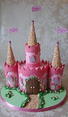 This is unrealistic for me, but something like it...Pink castle cake. Adapt for boy. Adorable.