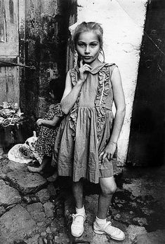 Mary Ellen Mark, Street Child,Trabzon, Turkey, 1965 Black and White photography