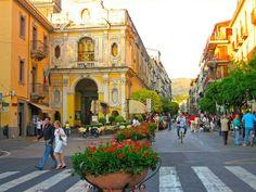 sorrento italy | Shopping in Sorrento Italy Piazza Tasso Credits: Flickr
