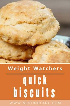 Weight Watchers Quick Biscuit Recipe for One. This quick and easy recipe is great when you only need 1 biscuit. Made with self-rising flour, non-fat yogurt, and skim milk, Ready in just 15 minutes, you can have a biscuit any time! MyWW Points: 5 Green Plan, 5 Smart Points. Weight Watchers Bread Recipe, Weight Watchers Vegetarian, Weight Watchers Meals, Quick Biscuit Recipe, Quick Biscuits, Side Dish Recipes, New Recipes, Healthy Recipes, Meals For One